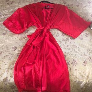 VS satin long robe